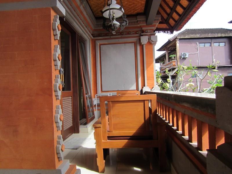 danasari_homestay_ubud_bali_std_room_garden_view_balcony (2)