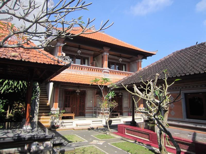 danasari_homestay_ubud_bali_std_room_garden_view_property